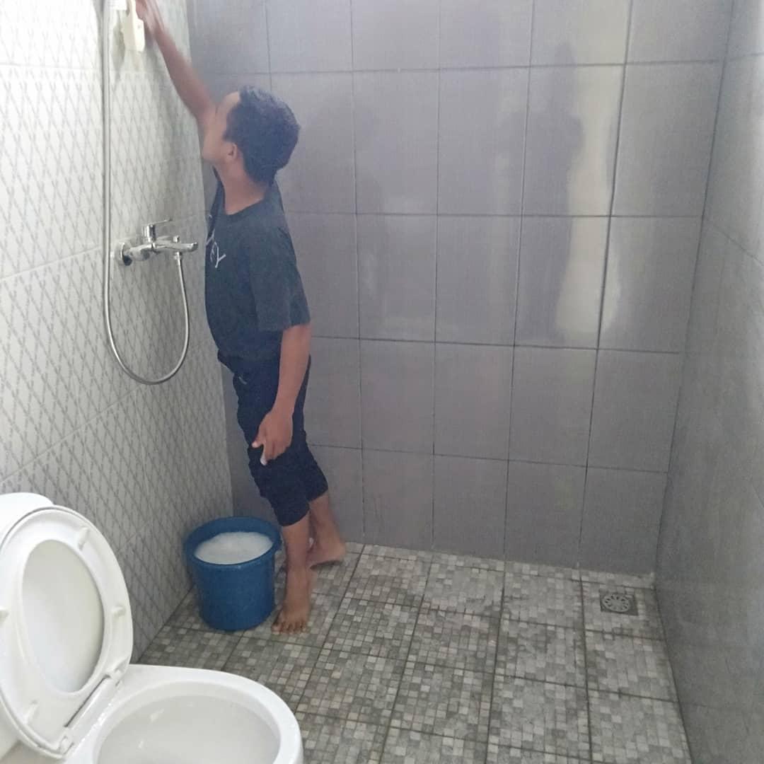 Jasa Cuci Kamar Mandi di Medan