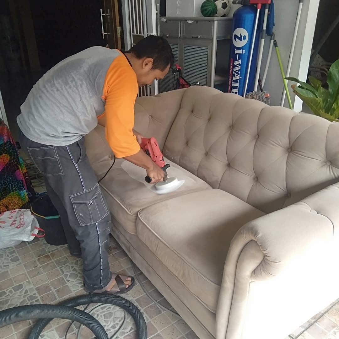 Jasa Cuci Sofa di Medan